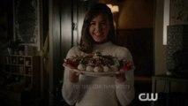 Legacies S02E08 This Christmas Was Surprisingly Violent