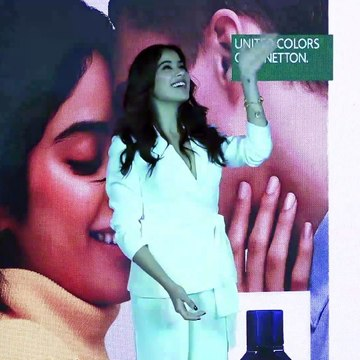Jahnvi Kapoor L00KS Stunning @ Grand Launch Of United Colors Of Benetton Fragrance