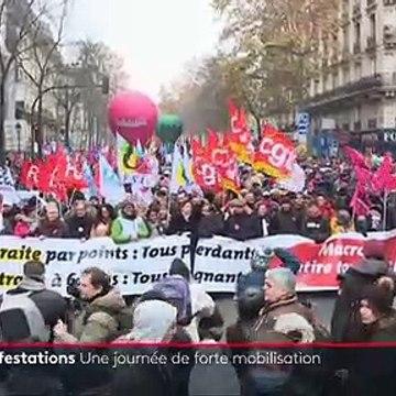 Résumé de la manifestation et de la première journée de grève le 5 décembre dans les rues de Paris