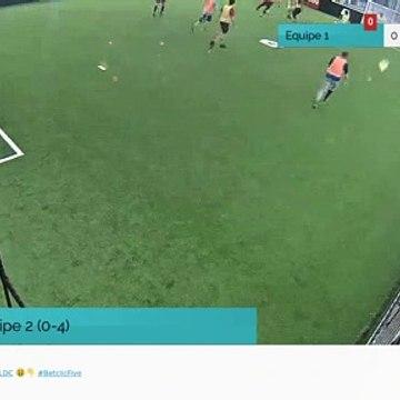 But de Equipe 2 (0-4)