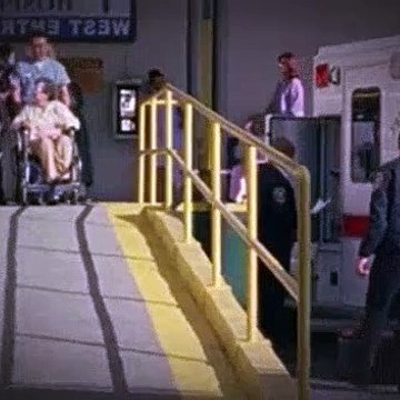 Monk S02E13 Mr. Monk and the Missing Granny