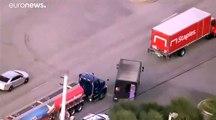 Video: Kuyumcuyu soyduktan sonra UPS aracıyla kaçan hırsızlarla çatışma: 4 ölü