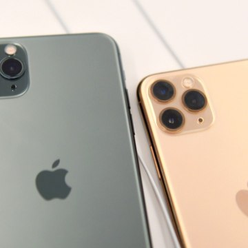 Apple To Remove iPhone Charging Ports In 2021