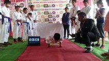 Indian teen performs 141 knuckle pushups in 60 seconds to smash record