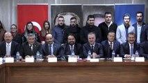 AK Parti Balıkesir İl Başkanlığına atanan Ekrem Başaran görevine başladı