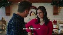 'Christmas At Dollywood' - Hallmark Trailer