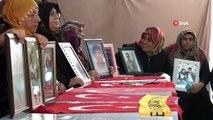 Evladına kavuştu, annelere destek için oturma eylemine devam ediyor