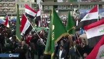 المتظاهرون في ساحة التحرير ببغداد يرفضون اقتحام المنطقة الخضراء