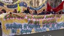 Muro contro muro sulle pensioni in Francia