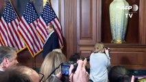 Legisladores demócratas presentan los cargos formales del juicio político contra Trump