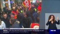 Retraites: des manifestants occupent un centre commercial près de Nantes