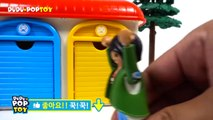 Enormous dinosaur attack Marvel Avengers Hulk- Interactive Talking Incredibles 2- Go-