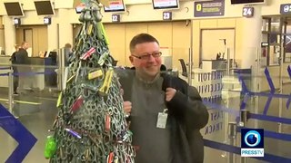 'Prohibited items' Christmas tree with knives and bullets hits Vilnius airport