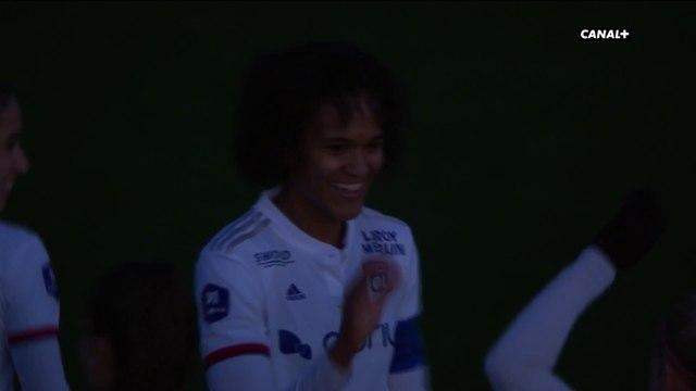 Les lumières s'éteignent pour la victoire des Lyonnaises