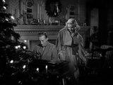 "Holiday Inn movie - Bing Crosby Sings ""White Christmas"""