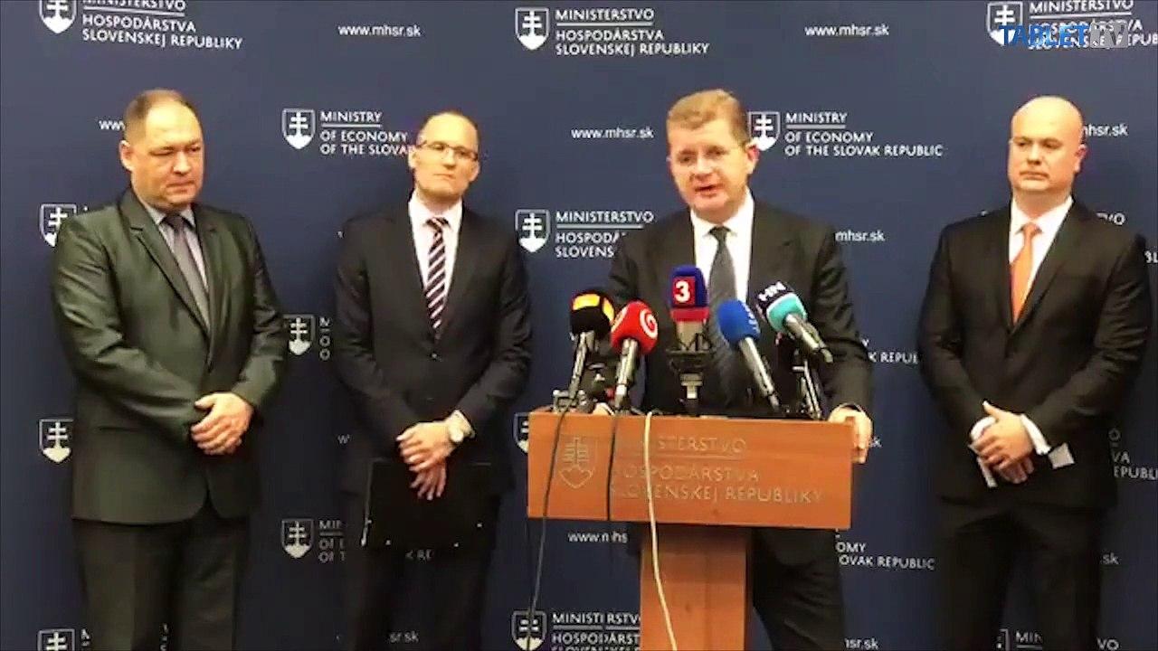 ZÁZNAM: Brífing po stretnutí predsedu vlády SR Petra Pellegriniho a ministra hospodárstva SR Petra Žigu