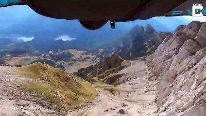 Vol en Wingsuit dans un trou de 3 mètres
