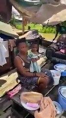 le député gecoco mulumba venant à l'aide a la population de kingabwa après l'inondation