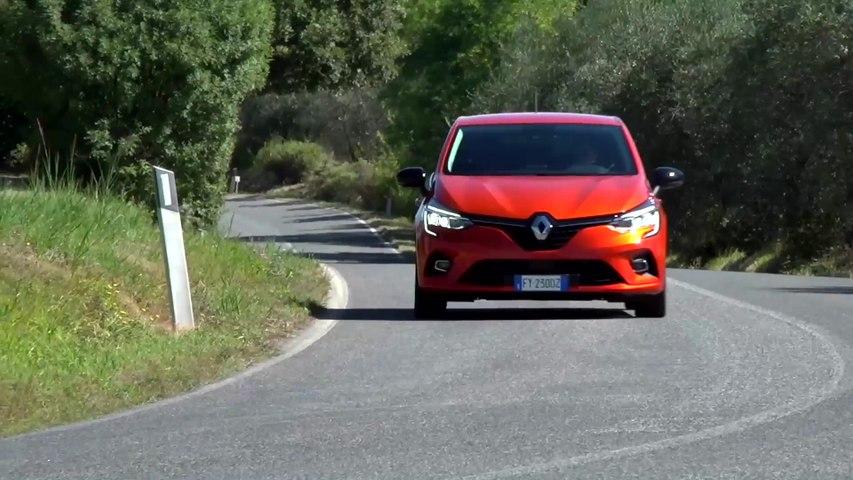 Nuova Renault CLIO si lascia guidare nel futuro - Francesco Fontana Giusti