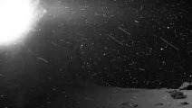Esta impresionante 'nevada' sobre un enigmático cuerpo celeste se vuelve viral en la Red