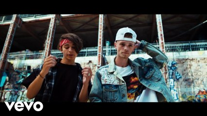 Bars And Melody - Lighthouse (Official Video)