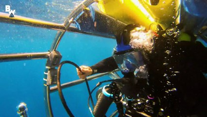 Shark Cage Submarine vs. Great White!