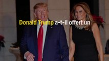 Donald Trump a-t-il offert un cadeau de Noël à sa femme Melania ?