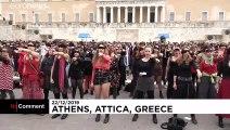 Performance féministe à Athènes