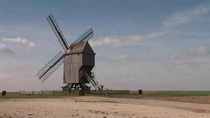 Tempête de décembre 1999 : la reconstruction du moulin de Valmy