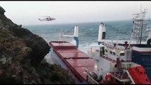 Tempête Fabien : le sauvetage spectaculaire d'un cargo en détresse au large des côtes de la Sardaigne