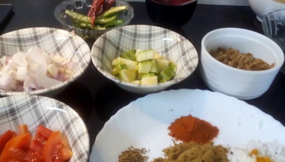 Unakka Chemmeen Manga Curry/Dry Prawn Mango Curry