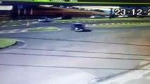 Câmera registra momento em que carro e caminhão colidem na BR-277, no trevo de acesso ao Nova Cidade