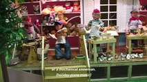 This real-life Geppetto makes Christmas robots —Mashable Originals