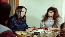 Toplumun Kadını ( Melike Zobu - Gökhan Koray ) Bölüm 1 izle