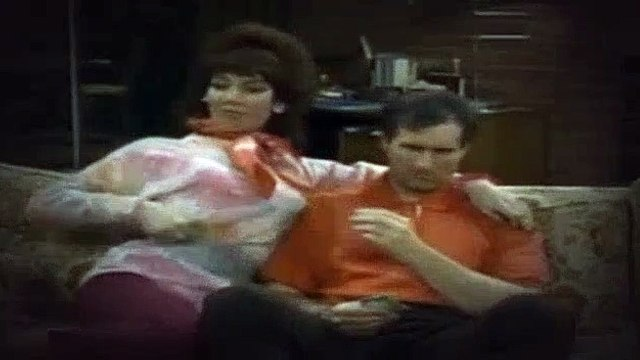 Married with Children S02E07 For Whom the Bell Tolls