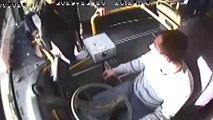 Otobüs şoförünün darbedilmesi araç kamerasına yansıdı