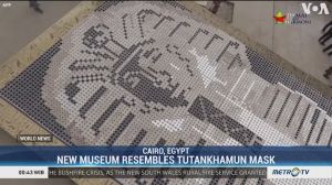 A Giant Tutankhamun Mask in Egypt Made with Coffee Cups Sets World Record
