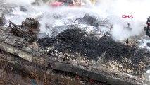 Zeytinburnunda yanan fabrikadaki yangın söndürüldü