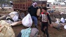 - İdlib'den kaçan siviller kendi çabalarıyla hayatta kalmaya çalışıyor