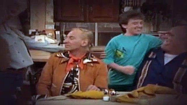 Married with Children S02E22 All in the Family