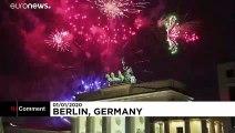 Tour d'Europe des feux d'artifice pour accueillir la nouvelle année