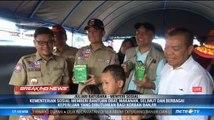 Mensos Beri Bantuan Langsung ke Korban Banjir Pondok Gede