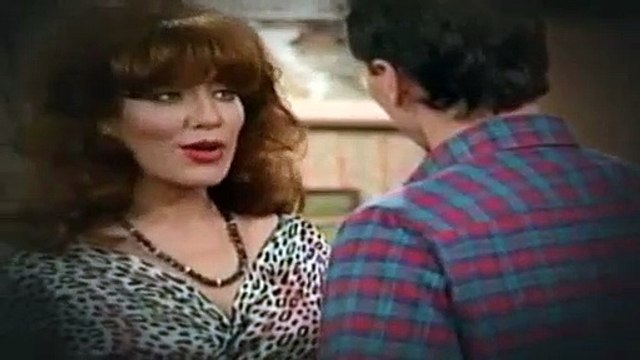 Married with Children S03E06 Her Cups Runneth Over