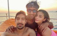 Good Girl Alia Bhatt Calls Ranbir Kapoor  Ayan Mukerji Her Best Boys As New Year Baecation Comes To An End