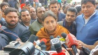 Congress party has no right to insult Savarkar: Smriti Irani
