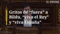 """Gritos de """"fuera"""" a Bildu, """"viva el Rey"""" y """"viva España"""""""