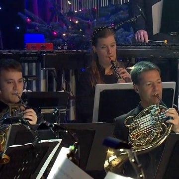 Burhan G - The Christmas song | Det store Juleshow med Burhan G ~ TV2 Danmark