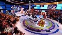 """Dans """"Les enfants de la télé"""", Laurent Ruquier apparait à nouveau avec un plâtre après une nouvelle chute - VIDEO"""