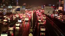 İstanbul'da trafik yoğunluğu yüzde 80'e ulaştı - 2