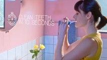 Cette brosse à dents nettoie les dents en 10 secondes